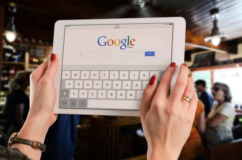 Google Suche auf einem Tablet